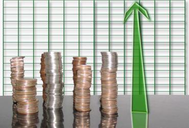 Przeciętne wynagrodzenie w sektorze przedsiębiorstw w listopadzie 2010 r. zwiększyło się o 2,5 proc. w stosunku do poprzedniego miesiąca, a w ujęciu rocznym zwiększyło się o 3,6 proc. i wyniosło 3525,67 zł, podał Główny Urząd Statystyczny (GUS). Fot. sxc.hu, autor: jleavell