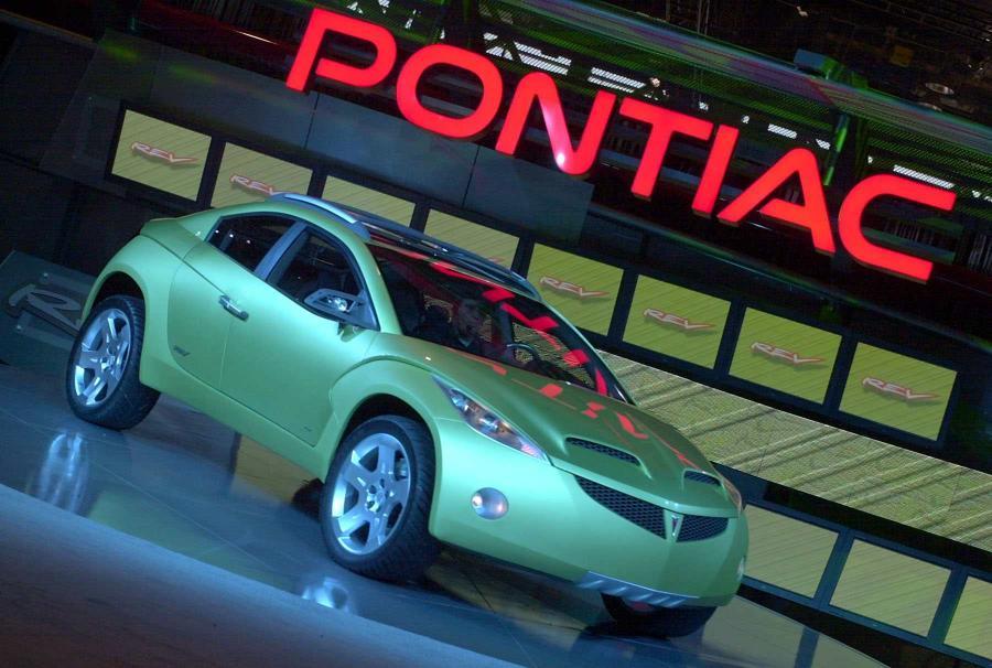 Pontiac REV na Chicago Auto Show w 2001 roku
