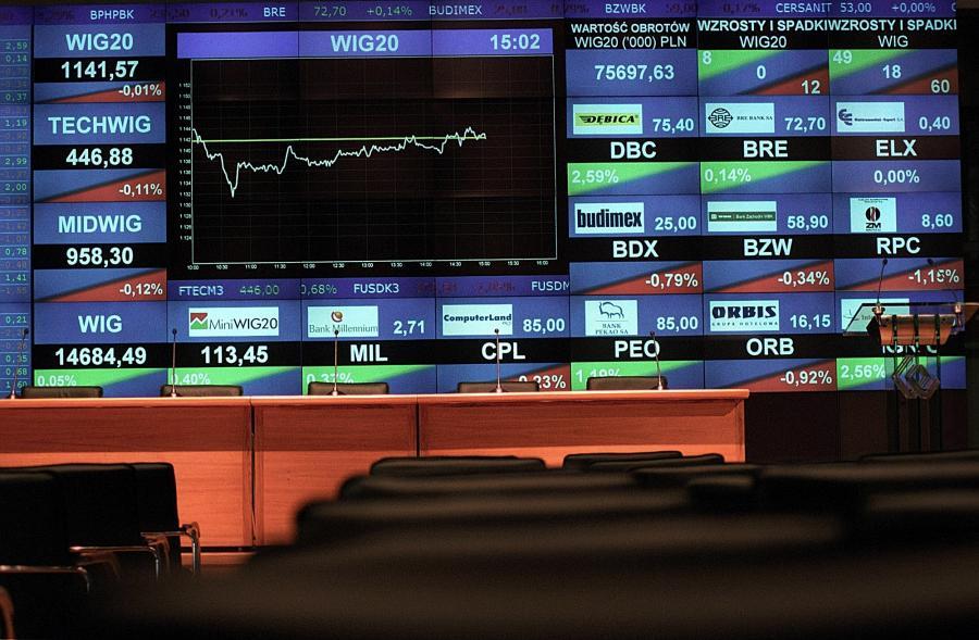 Tablica na GPW fot. Wojciech Rzazewski/Bloomberg News