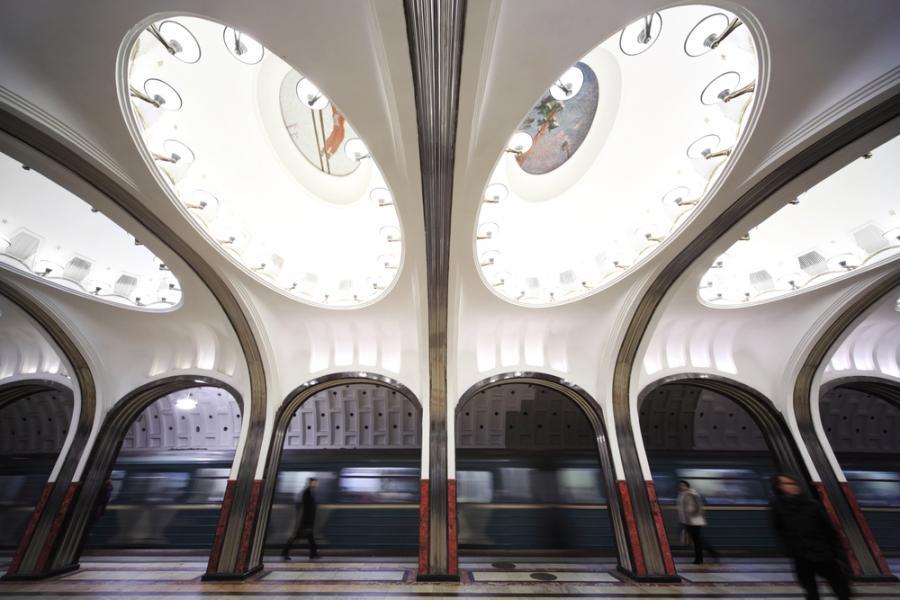Moskiewskie metro: stacja Mayakovskaya Fot. Shutterstock