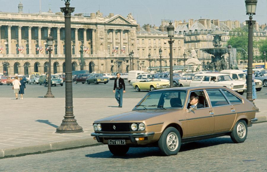 Renault R30 1975 r. fot. materiały prasowe Renault Polska