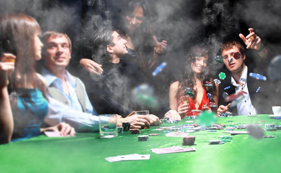 Polacy wydają coraz więcej na hazard w internecie, zdj. shutterstock
