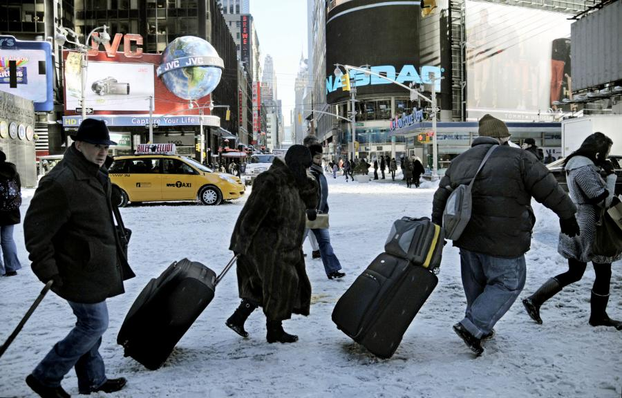 Nowy Jork, Times Square. Burza śnieżna sparaliżowała miasto 27 grudnia 2010 roku