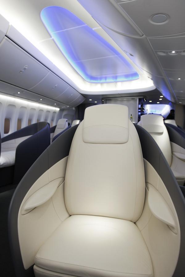 Boeing 747- 8 Intercontinental – wnętrze (2). fot. Bloomberg