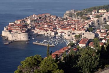 Chorwacja oficjalnie mówi o pierwszej połowie przyszłego roku jako końcu negocjacji i o wejściu w 2012 r. Nieoficjalnie mówi się, że te daty są nazbyt optymistyczne. Na zdj. Dubrownik, Chorwacja