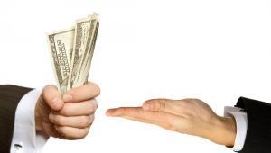 Pieniądze, mat. shutterstock