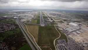 Port lotniczy Londyn-Heathrow 1, mat. bloomberg
