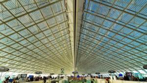 Lotnisko Charles de Gaulle Airport w Paryżu Fot. Shutterstock