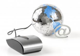 Coraz więcej spraw urzędowych możemy załatwić przez internet. A byłoby jeszcze lepiej, gdyby urzędnicy nadążali za postępem - technologii i obywateli