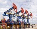 Spadek produkcji ropy naftowej w OPEC. Ceny ropy lecą w dół