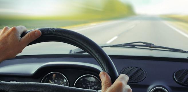 Kierowca, samochód Fot. Shutterstock