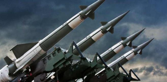 Korea Północna wciąż straszy bronią nuklearną