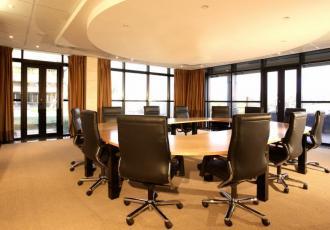 Listę wskazówek dotyczących sposobów oszczędzania energii powienien otrzymać każdy pracownik