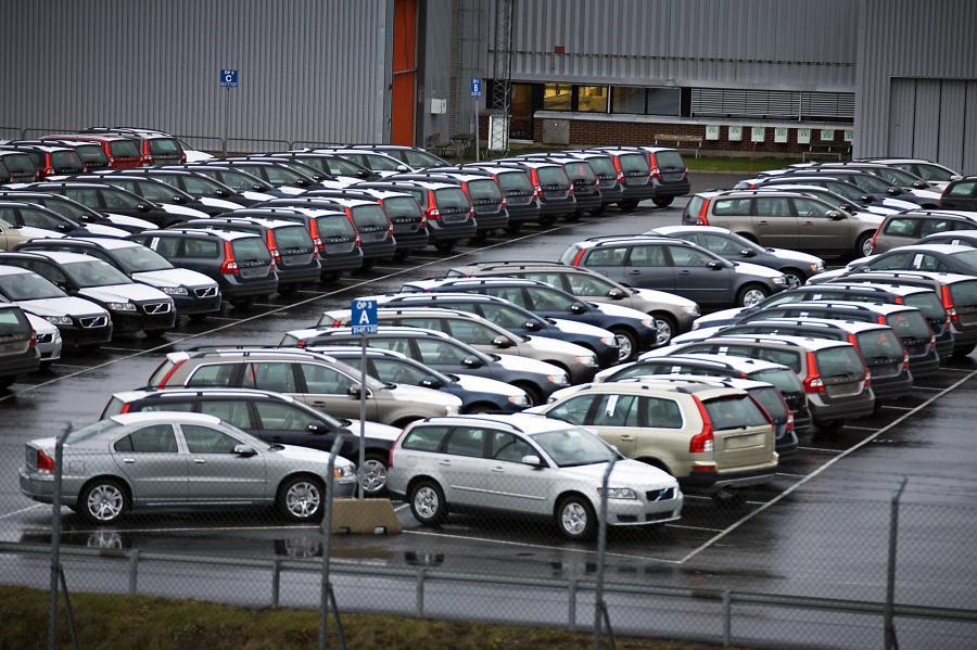 Dilerzy mogą mieć coraz większe problemy ze sprzedażą samochodów
