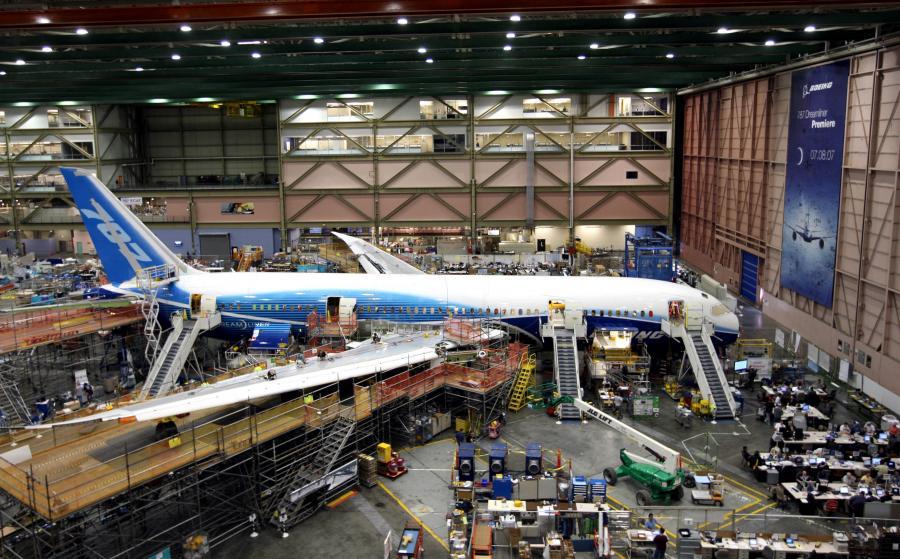 Boeing znów przekłąda termin dostaw Dreamlinera