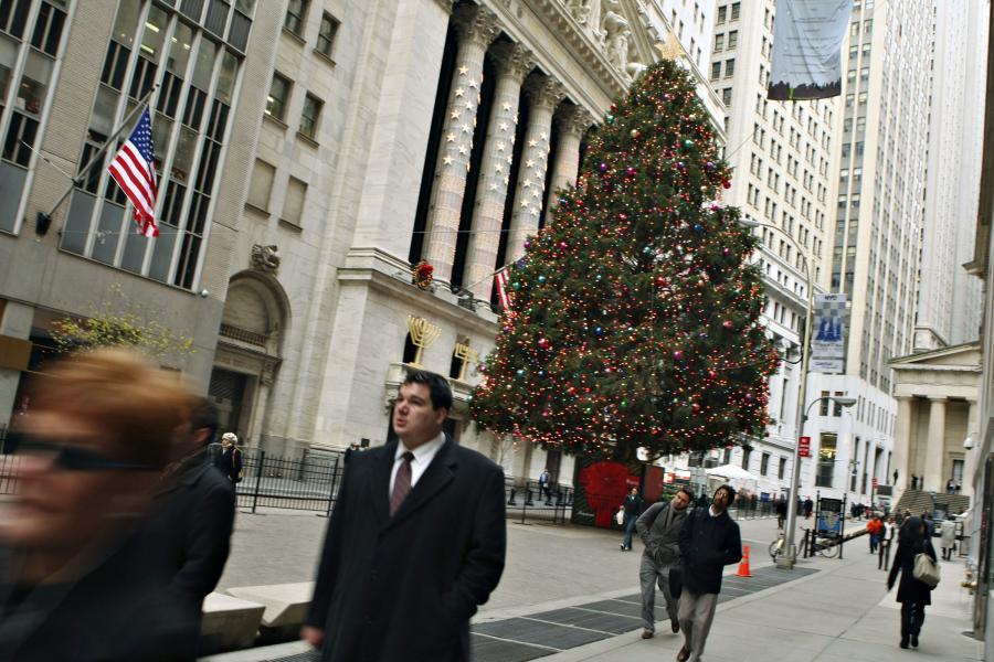 Rynek opcji ma dziś kiepskie notowania, co zapowiada zły dzień dla giełdy nowojorskiej.   Fot. Bloomberg