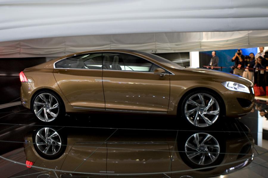 Volvo S60 zaprezentowane podczas dorocznego salonu w Detroit. Fot. Bloomberg