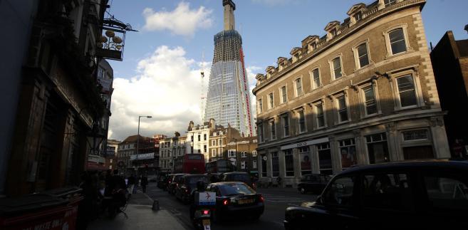 Wieżowiec Shard powstający w okolicach London Bridge