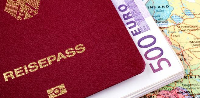 Paszport Fot. ShutterStock