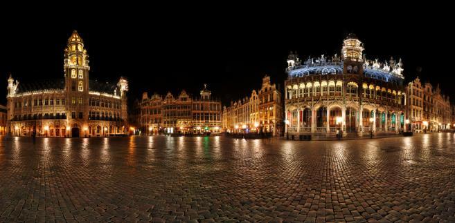Panorama Brukseli nocą