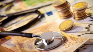 Kryzys w strefie euro: banknoty i stetoskop