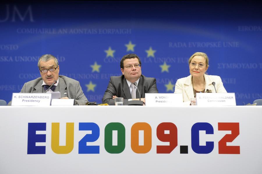 Czeski parlament przyjął Traktat Lizboński w drugim miesiącu czeskiej prezydencji w UE. Fot. Bloomberg