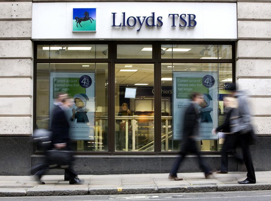 Jedna z placówek Lloyds TSB w Londynie. Fot. Bloomberg