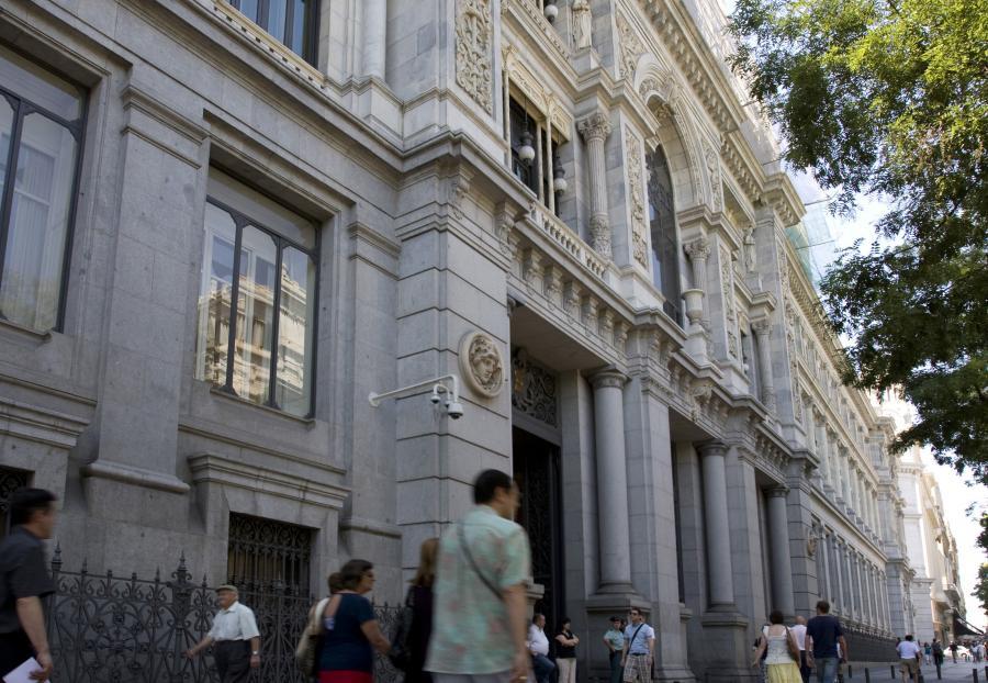 Siedziba banku centralnego Hiszpanii w Madrycie. Fot. Bloomberg