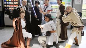Japońscy fani Gwiezdnych Wojen na konwencie Star Wars Celebration Japan, Fot. Kimimasa Mayama/Bloomberg News