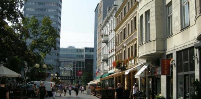 Ulica Chmielna w Warszawie.