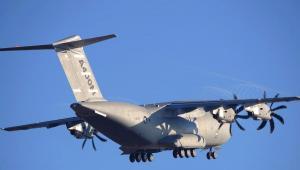 Samolot wojskowy Airbus SASs A400M