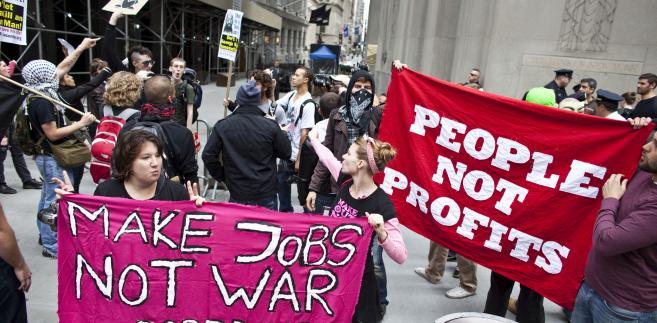 Okupacja Wall Street: Protesty młodych przed siedzibą NYSE, 17 września 2011