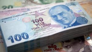 Turecka waluta powoli odrabia tegoroczne straty. Lira była dziś jedyną spośród 32 najważniejszych walut świata notowanych przez agencję Bloomberg, która umocniła się w stosunku do dolara.