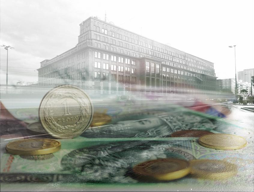 Bank Gospodarstwa Krajowego, główna siedziba w Warszawie; złotówki. Fot. materiały prasowe/Shutterstock