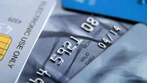 Raport o ratach pożyczek z kredytowych