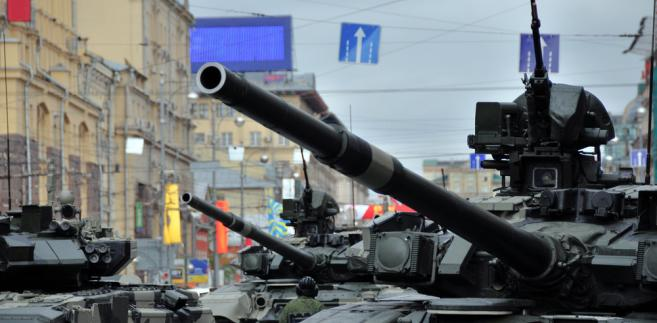 Parada zwycięstwa, Moskwa 6 maja 2010 r., fot Pukhov Konstantin/Shutterstock.com