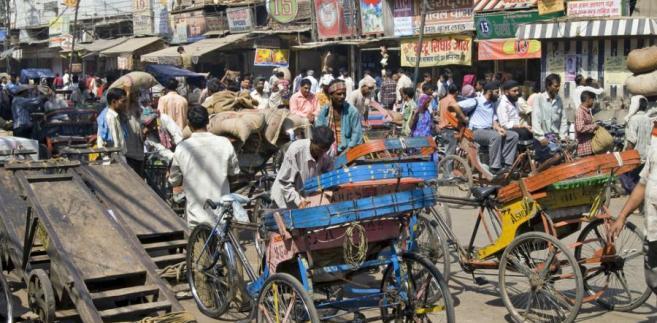 Zatłoczona ulica w Indiach Fot. Shutterstock