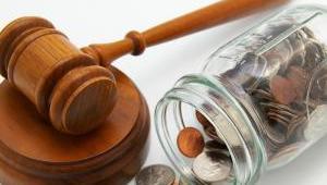 Firma budowlana Erbud złożyła w Sądzie Okręgowym w Warszawie pozew o zapłatę przeciwko Bankowi Millennium na kwotę 71,0 mln zł, poinformowała spółka w komunikacie.  Fot. Shutterstock