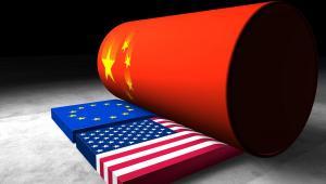 Chiny zafundują nam kompletną deindustrializację, a potem nową bańkę spekulacyjną – straszniejszą od tej sprzed dwóch lat – która pociągnie nas za nimi w nowy głębszy kryzys. Fot. Shutterstock