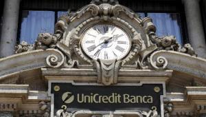 UniCredit Banca w Mediolanie, Włochy. fot. Bloomberg