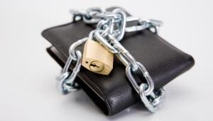 Wierzytelności za 910 mln zł wystawiły na sprzedaż banki w październiku i listopadzie. Wartość sprzedawanych złych długów wzrosła już o około 30 proc. w porównaniu z trzecim kwartałem. fot. Shutterstock.