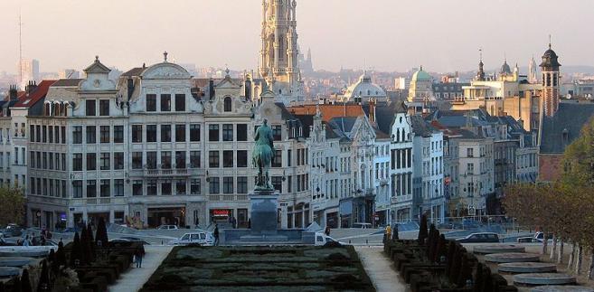Bruksela 5. na liście. Widok na centrum miasta z ratuszem fot. Jean-Pol GRANDMONT/Wikipedia