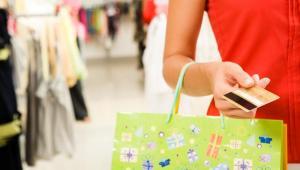Ponad 50 proc. konsumentów wybiera sklepy, w których sączy się miła dla ucha muzyka i unosi przyjemny zapach – wynika z najnowszych badań firmy Mood Media Solutions. Muzyka – w ocenie ankietowanych – góruje w badaniach nad zapachem. fot. shutterstock