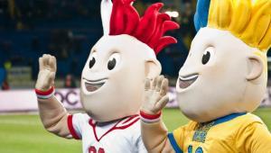 Slavek i Slavko - oficjalne maskotki Mistrzostw Europy w Piłce Nożnej EURO 2012. Fot. Shutterstock