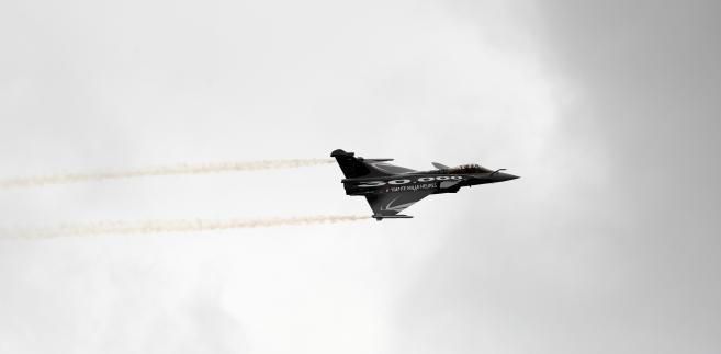 Wojskowy odrzutowiec Rafale produkowany przez Dassault Aviation SA, Paris Air Show, Francja, 22 czerwca, 2011