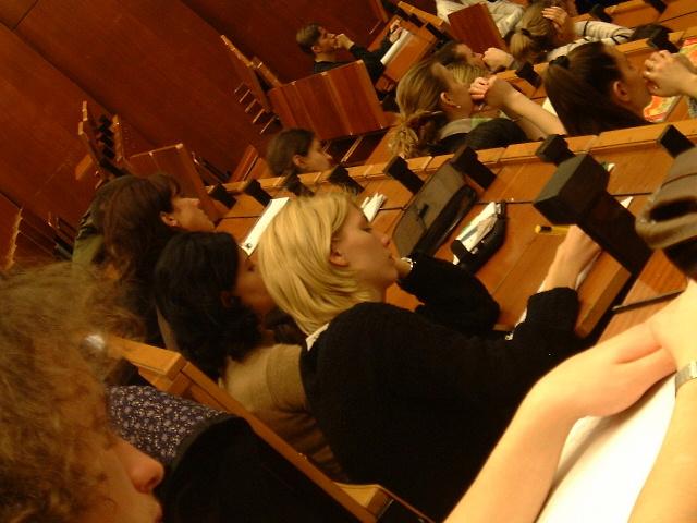 Bezpłatne studia są w Polsce fikcją