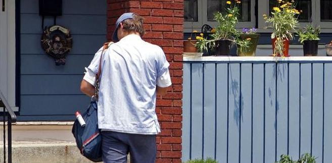 Ilość przesyłek dostarczonych przez amerykańską pocztę w ubiegłym roku spadła o 3,5 proc., co odbiło się na jej przychodach, które zmniejszyły się o 1,5 proc.