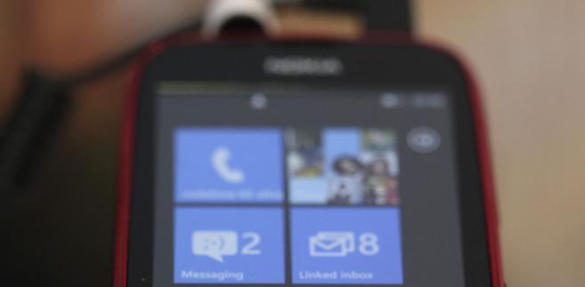 Lumia 610.Aparat Lumia 610 będzie o 30 proc. tańszy od obecnych najtańszych wersji smartfonów z platformą Windows koncernu Microsoft Corp.