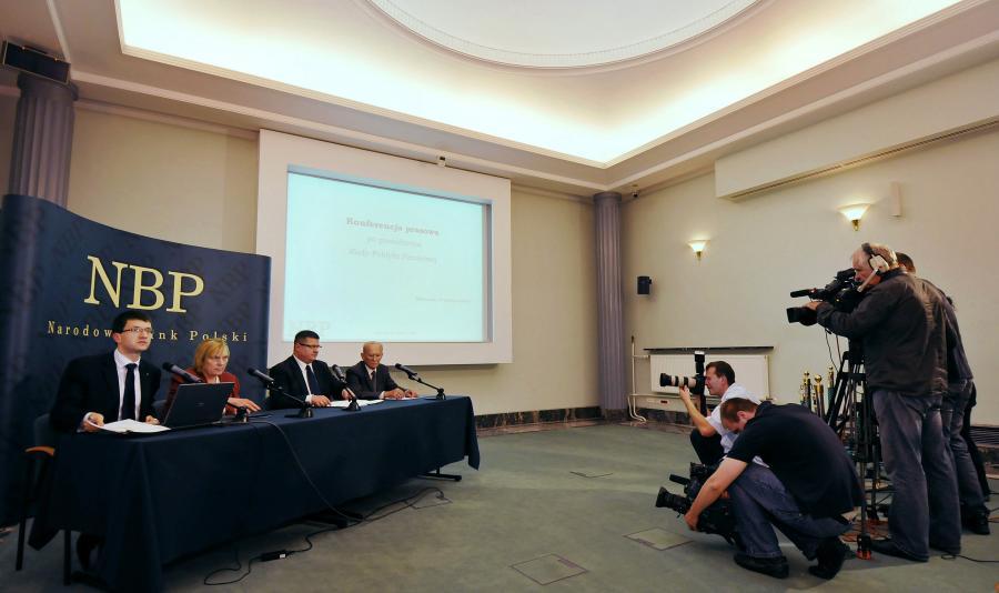 Konferecja po posiedzeniu RPP, prezes NBP Sławomir Skrzypek. Fot. Bloomberg
