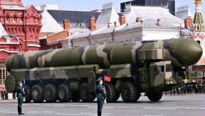 Międzykontynentalny rakietowy pocisk balistyczny Topol, parada w Moskwie, 9 maja 2008 r.